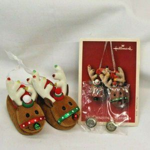 "Hallmark Keepsake ""My Christmas Slippers"" Light Ch"